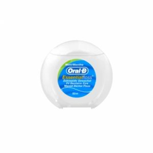 oral b essential dental floss menta 50m
